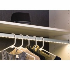 loox-led-wardrobe-tube-3303.jpg